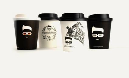 variedad de vasos para corner cafe